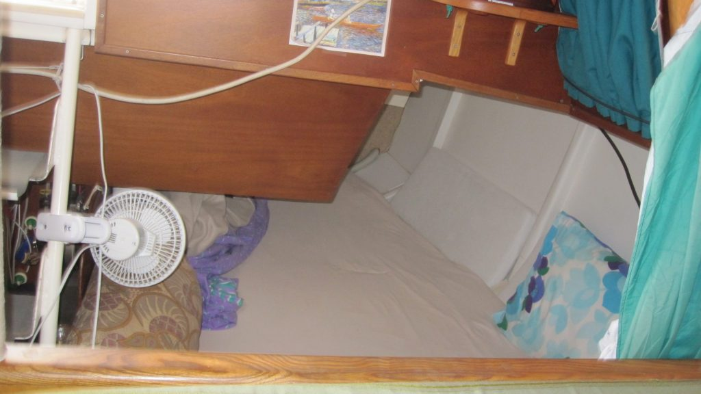 Aft double bunk